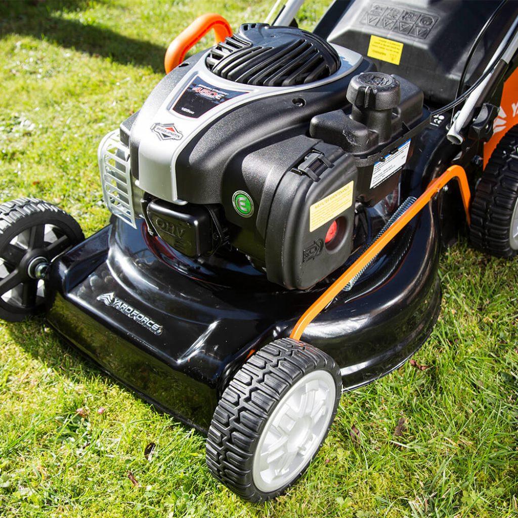tondeuse thermique Yard Force 450E Series